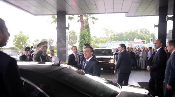 Cumhurbaşkanı Gül, Deniz Manzarasıyla Dinlendi