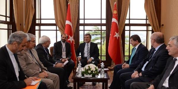 Cumhurbaşkani Gül, Iran Dişişleri Bakani Zarif'i Kabul Etti