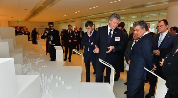 Cumhurbaşkanı Gül, Kopenhag'da 'house Of Green'i Ziyaret Etti