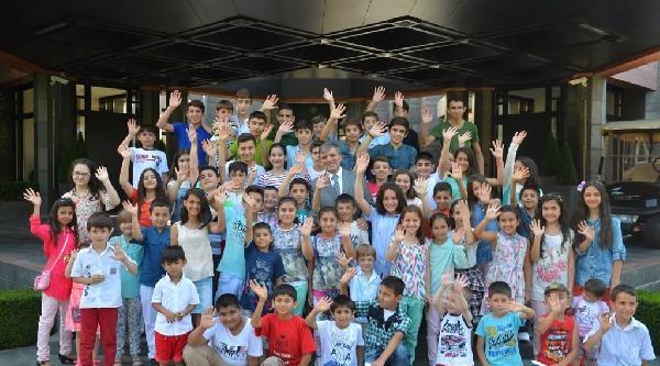 Cumhurbaşkanı  Gül: Mahallemizdeki Çocuklarimizla Bu Son Bayramlaşmamız Oluyor