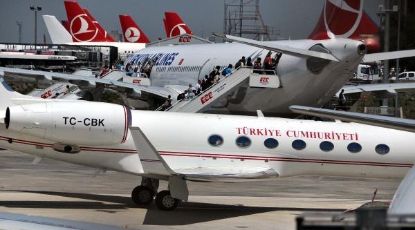 Cumhurbaşkanı Gül Oğlunun Diploma Töreni İçin Abd'ye Tarifeli Uçakla Gitti