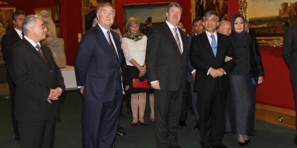 Cumhurbaşkani Gül,' Tatlidil Forumu' Gala Yemeğine Katildi