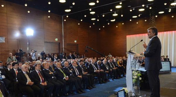 Cumhurbaşkanı Gül, Türk - Gürcü İş Forumu Kapanış Oturumunda Konuştu