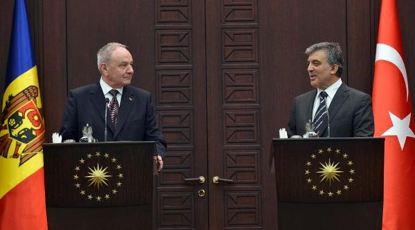 Cumhurbaşkani Gül : Türkiye-Moldova Ilişkilerine Bu Ziyaret Önemli Bir Ivme Kazandiracaktir