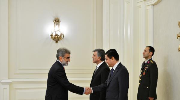 Cumhurbaşkanı Gül: Türkmenistan İle İlişkilerimizi 'bir Millet, İki Devlet' Şiarindan Hareketle Her Alanda Güçlendiriyoruz