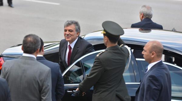 Cumhurbaşkanı Gül'den Hdp'ye Veda Ziyareti