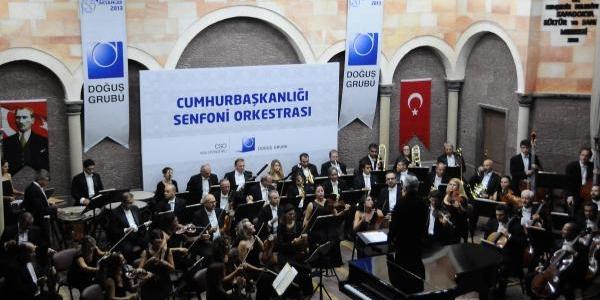 Cumhurbaşkanliği Senfoni Orkestrasi Nevşehir'De Konser Verdi
