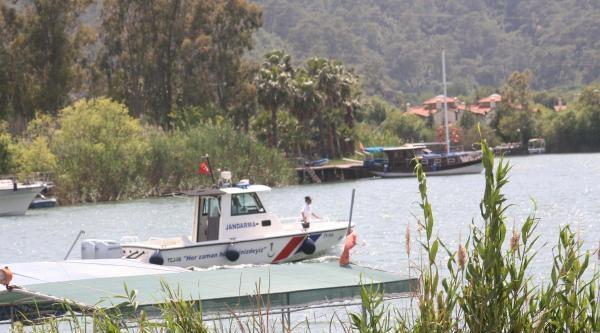 Dalyan Kanalındaki Koruma Altındaki Sazlıklarda Korkutan Yangın