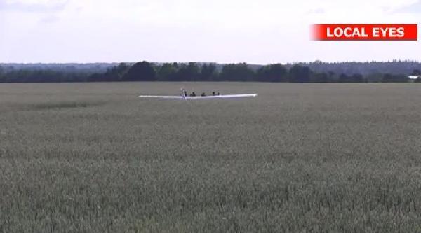 Danimarka'da Paraşütçüleri Taşıyan Uçak Düştü