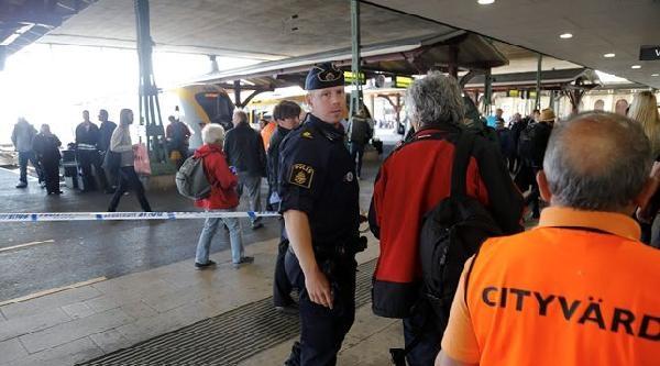 Danimarka'da Yolcu Treninde Bomba Paniği