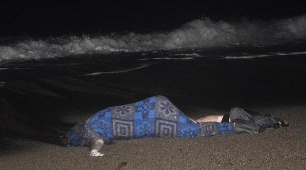 Datça'da Sahilde Erkek Cesedi Bulundu
