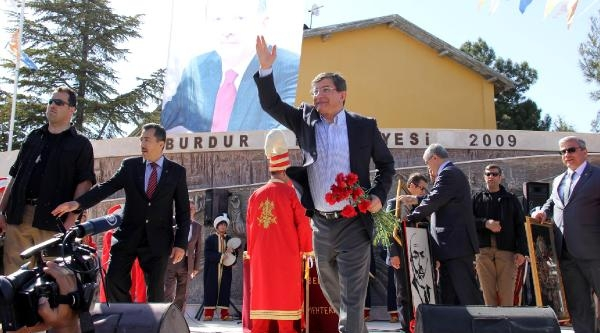Davutoğlu: Bu Seçim Sadece Mahalli Seçim Değil