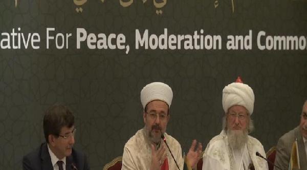 Davutoğlu, Dünya İslam Bilginleri Konferansı'nda Konuştu