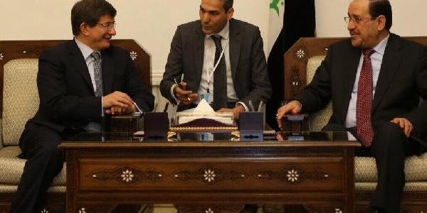 Davutoğlu, Irak Dişişleri Bakani Zebari Ile Ortak Basin Toplantisi Düzenledi