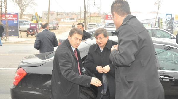 Davutoğlu, Kaçirilan Gezeteci Için Konuştu: Elimizden Geleni Yapiyoruz'