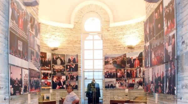 Demirel Müzesi'nde 6 Milyon Belge Ve Eşya  Var