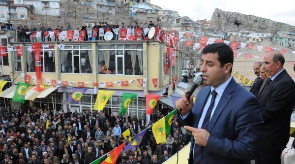 Demirtaş: Akp'nin Mahkemeleri Cemaatle Birlikte Yönettiklerini Gözlerimizle Gördük