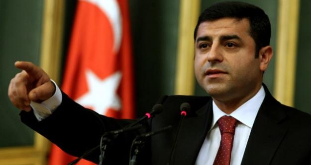 Demirtaş: Bize Saldırarak Kürdistan'ı Kuramazlar...