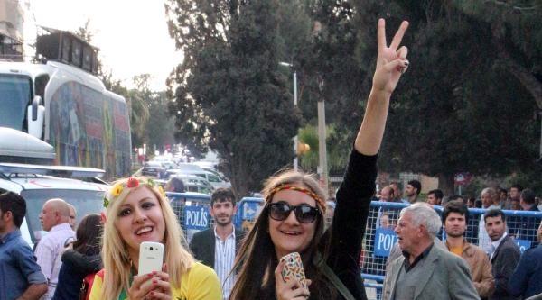 Demirtaş: Rezil Siyasete Mecbur Değiliz