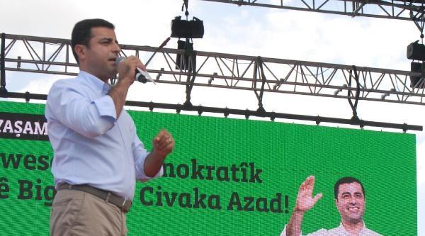 Demirtaş, Son Mitingini İzmir'de Yaptı: Özgürlüğün Tadını Alacağız