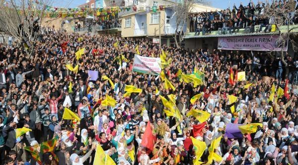 Demirtaş'tan Başbakan'a Sosyal Medya Tepkisi: Bunları Kapatacağına Ağzını Kapat