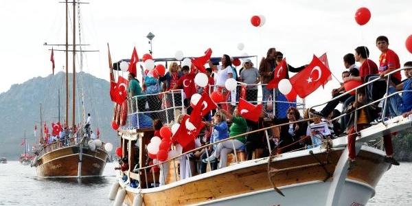 Denizde Cumhuriyet Coşkusu