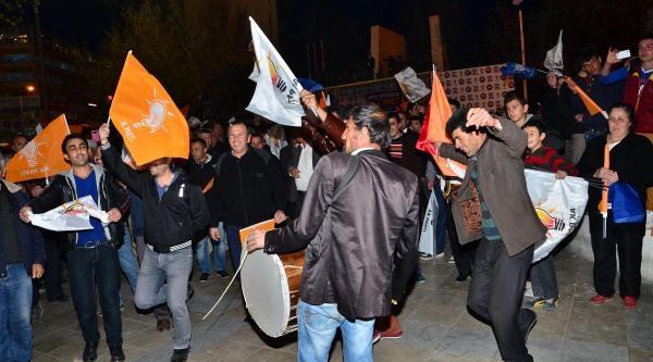 Denizli Ak Parti'de Erken Kutlama -ek Fotoğraflar