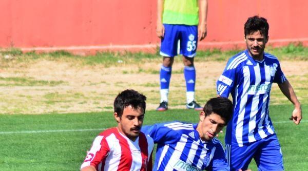 Denizli Büyükşehir Belediyespor-tuzlaspor: 1-1