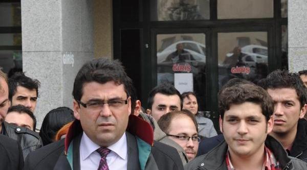 Denizli'De 'gezi' Saniklarini 36 Avukat Savundu
