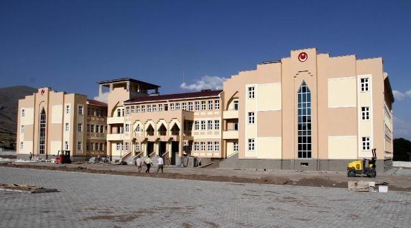 Depremde Yıkılıp Yeniden Yapılan Öğretmen Lilesi, Anadolu Lisesi Olacak
