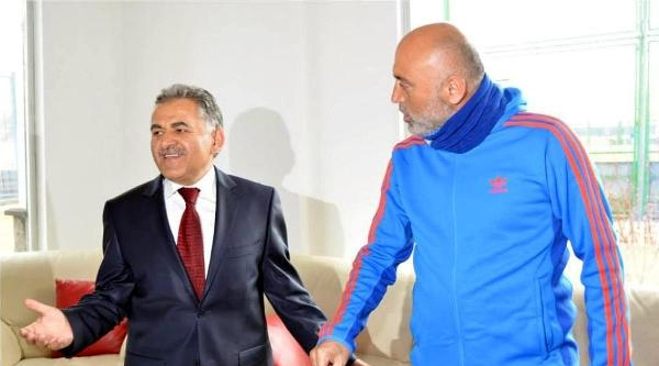 Derbisi Öncesi Erciyesspor'dan Dostluk Mesajları