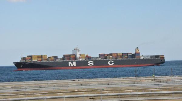 Dev Konteyner Gemisi Tekirdağ'dan Geçti