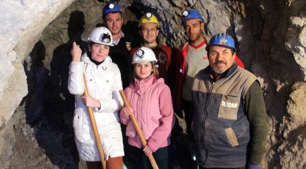 Develi'de Belediyenin Kadin Mühendisleri Madene Indi