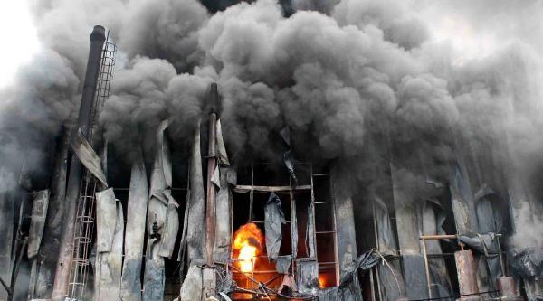 Dilovası Osb'de Fabrika Yangını (4)