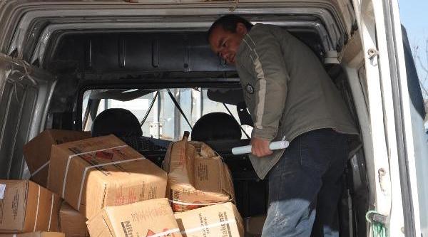 Dinamit Lokumu Yüklü Minibüs Tir'A Çarpti