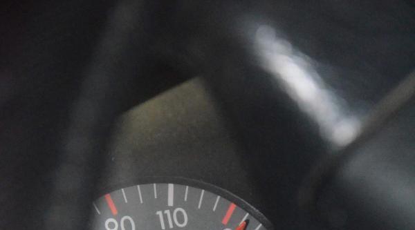 Direğe Çarpan Aracın Hız Kadranı 135 Km'de Takılı Kaldı