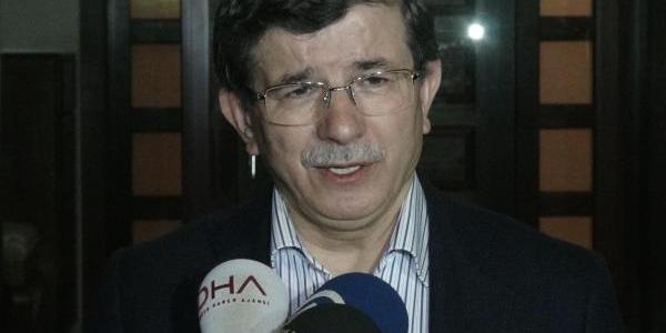 Dişişleri Bakani Davutoğlu:
