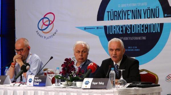 Dışişleri Eski Bakanı Yaşar Yakış: Türkiye'nin Rota Düzeltmesi Gerek