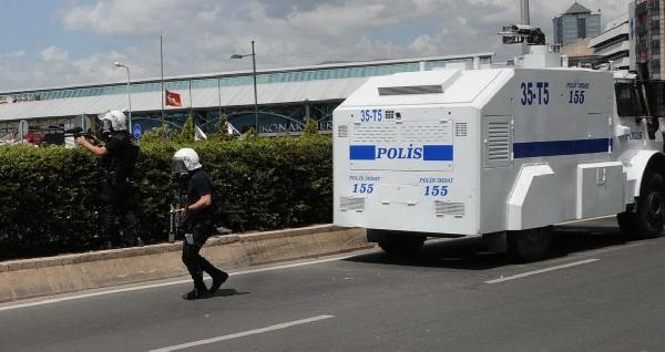 Disk Genel Başkanı Beko, Polisin Biber Gazından Hastanelik Oldu- Ek Fotoğraflar