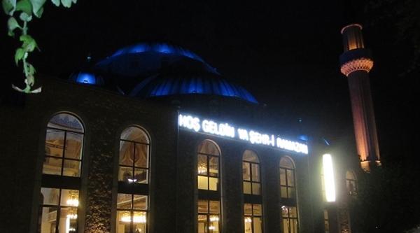 Ditib Duısburg Camıı Ramazanda Dolup Taşıyor