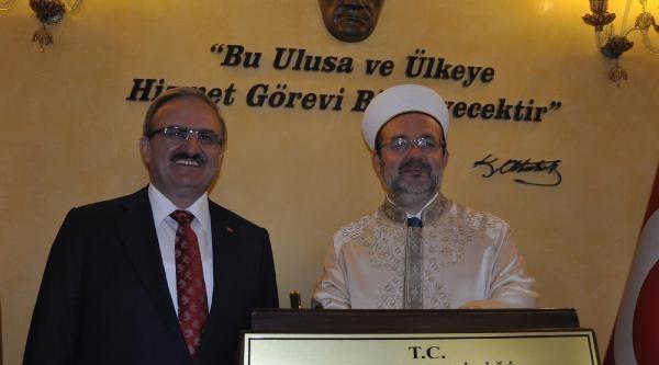 Diyanet İşleri Başkanı: İslam Dünyasında Yaşananlar Yanlış Din Anlayışından