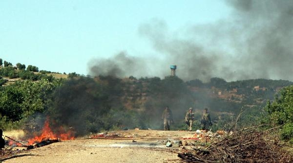 Diyarbakır-bingöl Karayolunu Kapatan Pkk'lılara Operasyon (fotoğraflar)