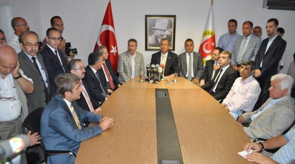 Diyarbakır Valisi Kıraç İzmir Gazeteciler Cemiyeti'ni Ziyaret Etti