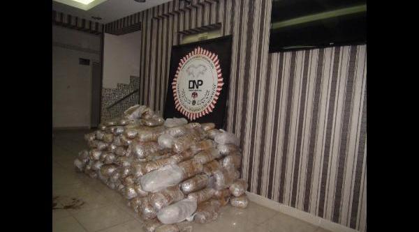 Diyarbakir'da 330 Kilo Esrar Ele Geçirildi