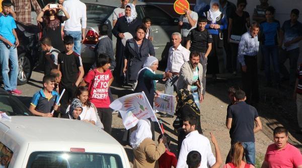 Diyarbakır'da 5 Bin Kişi Soma İçin Sgk'ya Yürüdü(2)
