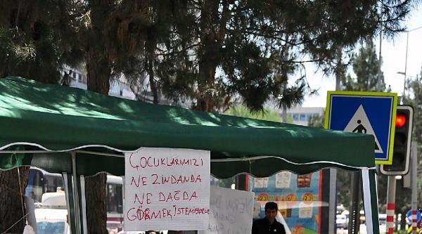 Diyarbakır'da Ailelerin Orta Refüjdeki Eylemi Sürüyor