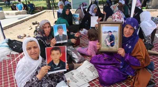 Diyarbakır'da Anneler Açlık Grevlini Sürdürüyor