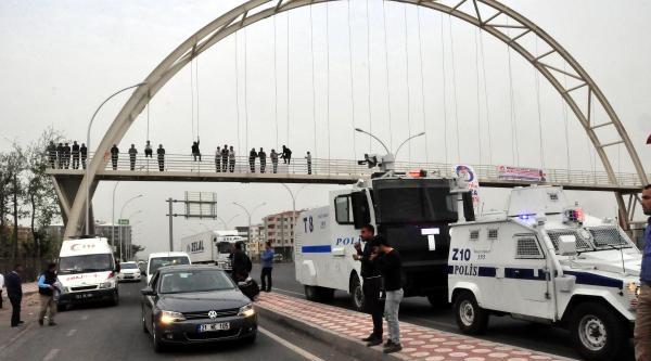 Diyarbakır'da Dedaş Çalişanlarindan Eylem