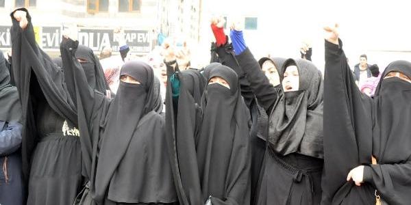 Diyarbakir'da Islami Sivil Toplum Örgütlerinden 'şiddete Dur' Çağrisi