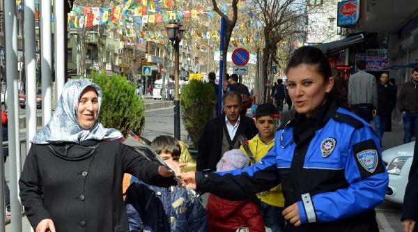 Diyarbakır'da Kadınlar Günü Kutlaması